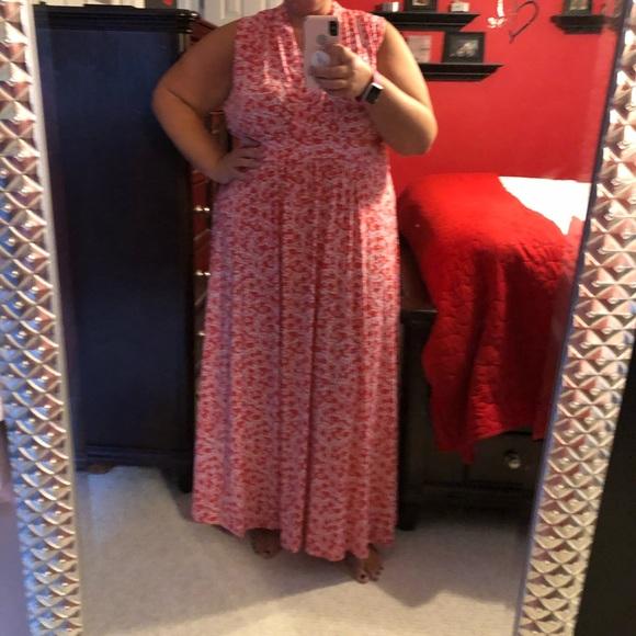Michael Kors Dresses & Skirts - Michael Kors maxi dress in floral tangerine 3X